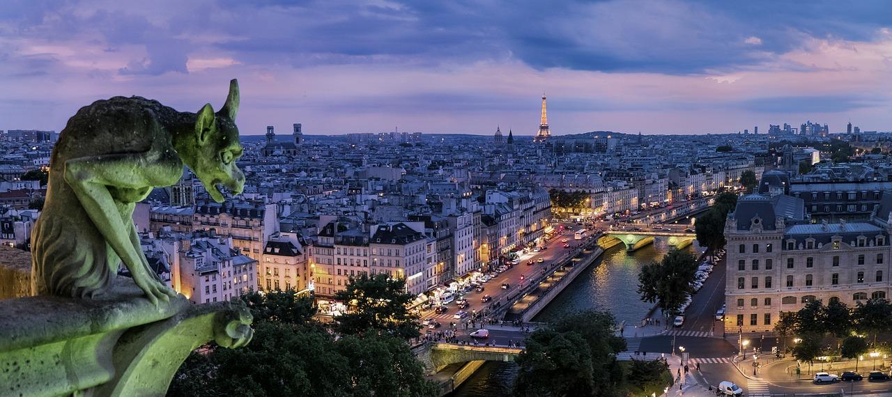 Un petit guide interactif de Paris   Malý interaktivní průvodce Paříží (fr)